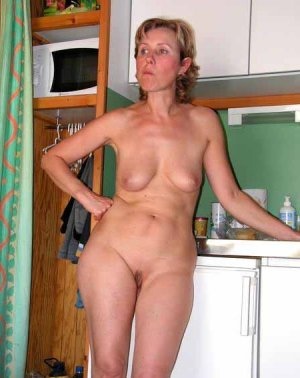 Elita escort in Niddatal, HE